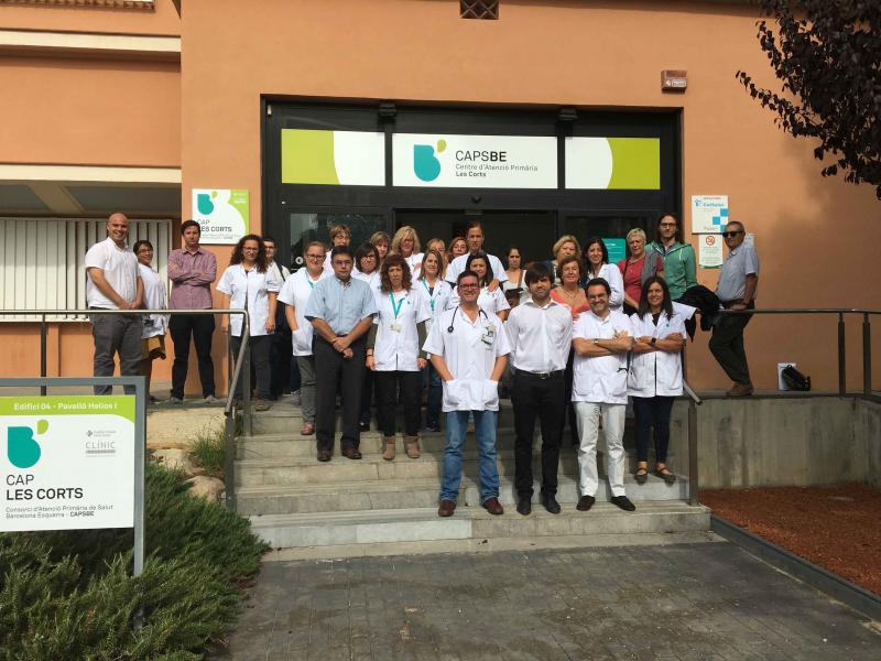 Concentració dels professionals i pacients al CAP Les Corts