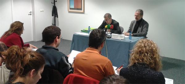 El Dr. Colom i el Dr. Gual durant la roda de premsa.